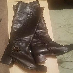 Bandalino boots